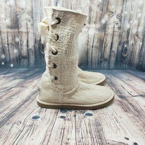 UGG Australia Juniors Heirloom Lace Up Boots NWOT